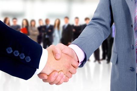 كيف تربح شركات الوساطة من العملاء